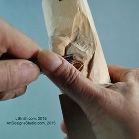 using a v-gouge in wood carving